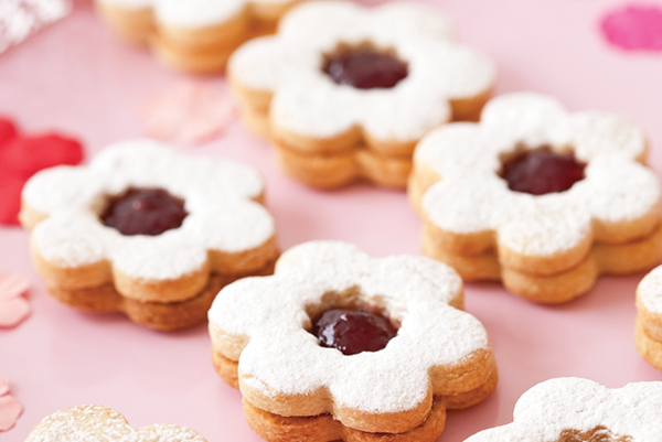 Jammy daisy dodger biscuits