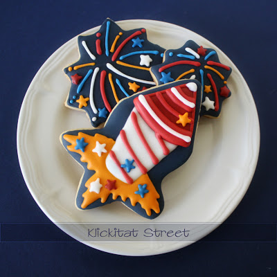 klickitatstreet-star-cuter-rocket-cookie