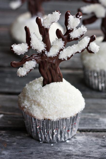 Let-It-Snow-Cupcakes2