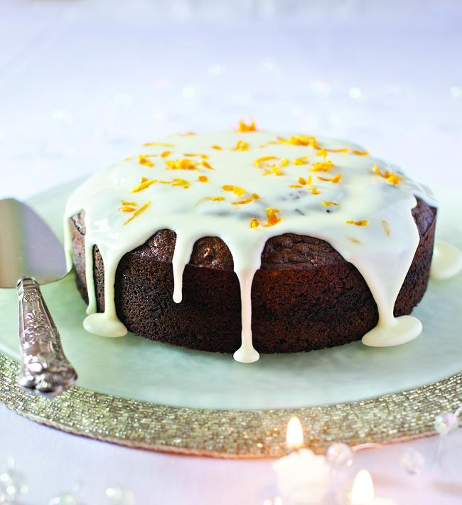 spiced treacle cake