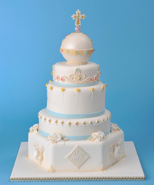 Renshaw-Coronation-Cake-full