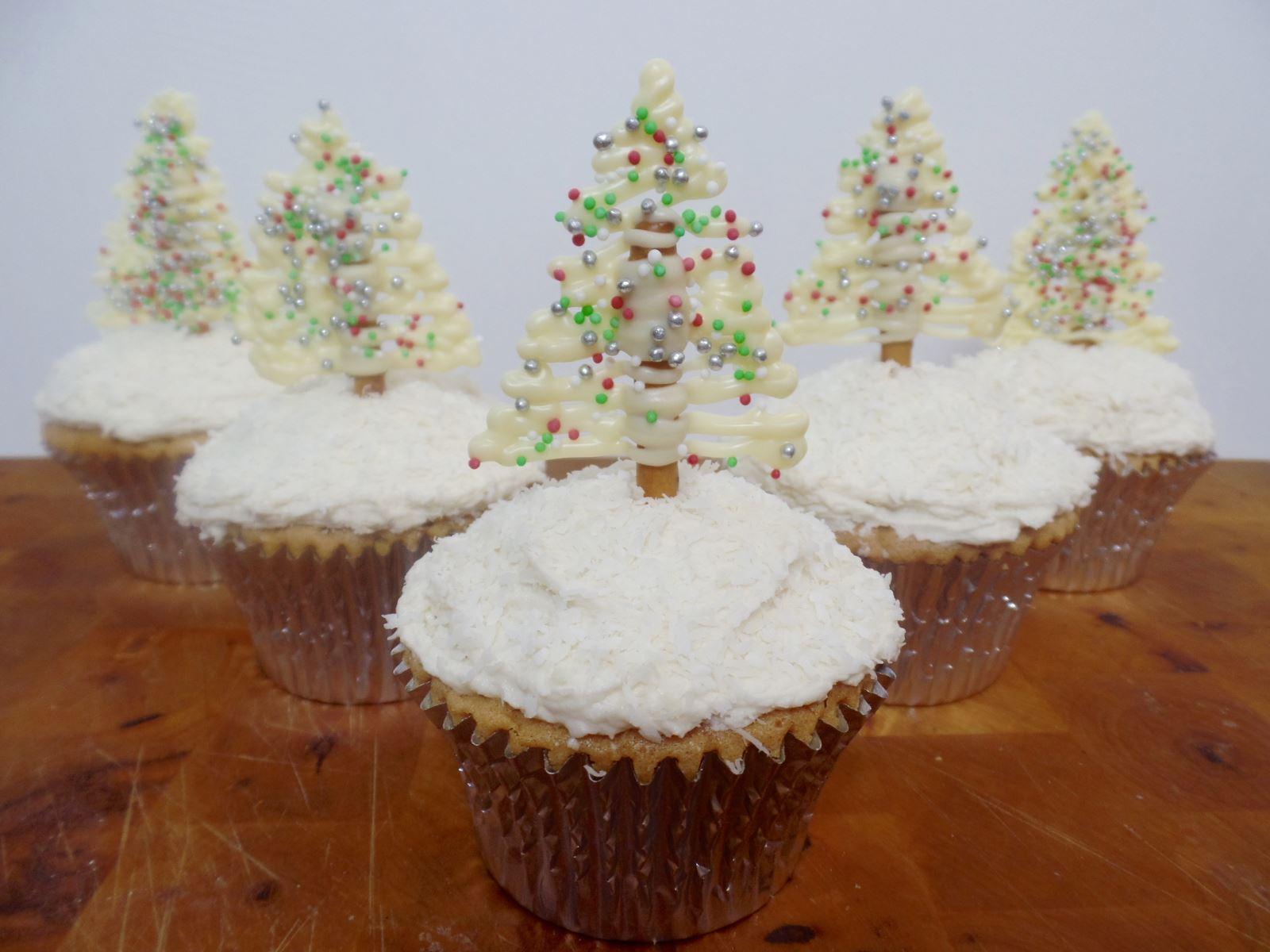 Pretzel Christmas Tree Cupcakes