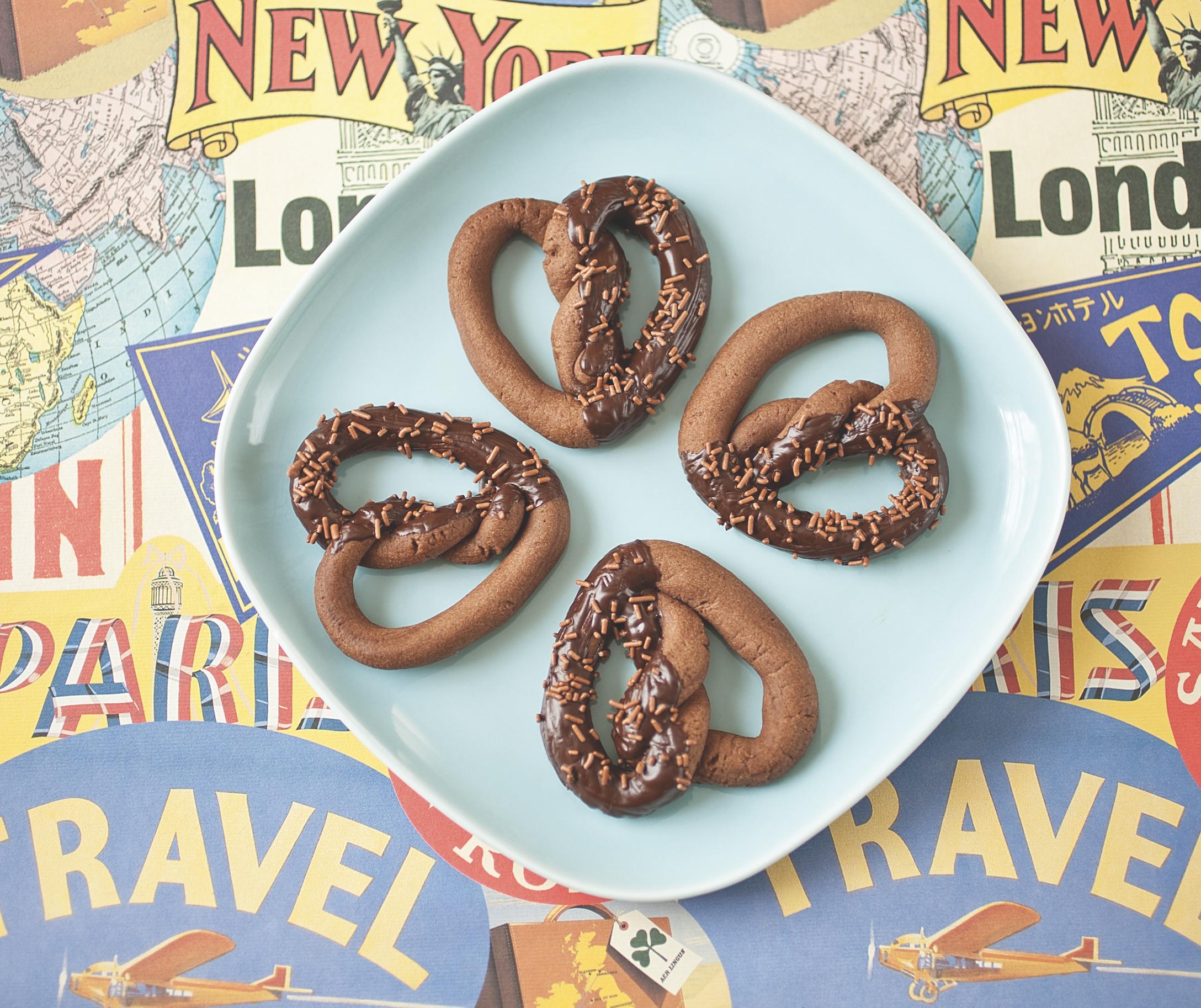 Chocolate Pretzel Biscuits