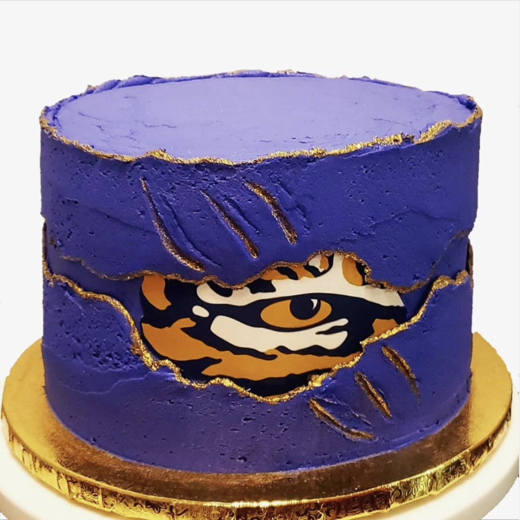 Tiger fault line cake