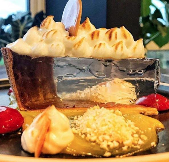 See through lemon meringue pie