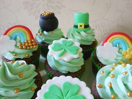 St Patricks Day Cupcake Toppers450px