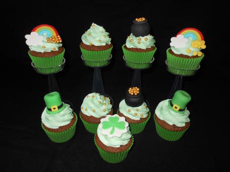 St Patricks Day Cupcakes_458px