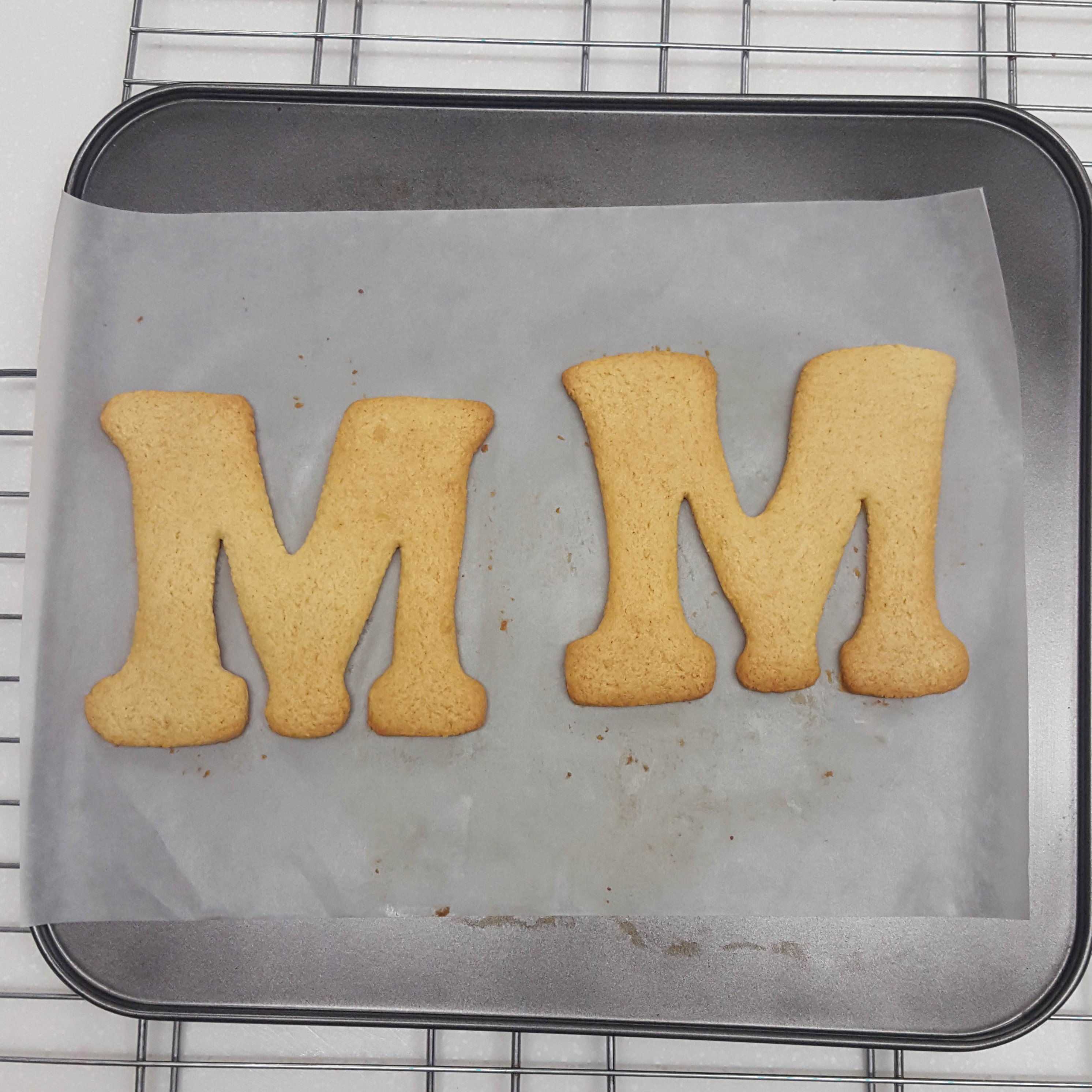 Mother's Day biscuits step 4