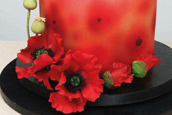 Sugarpaste poppies