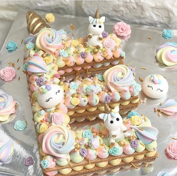 Unicorn letter cake