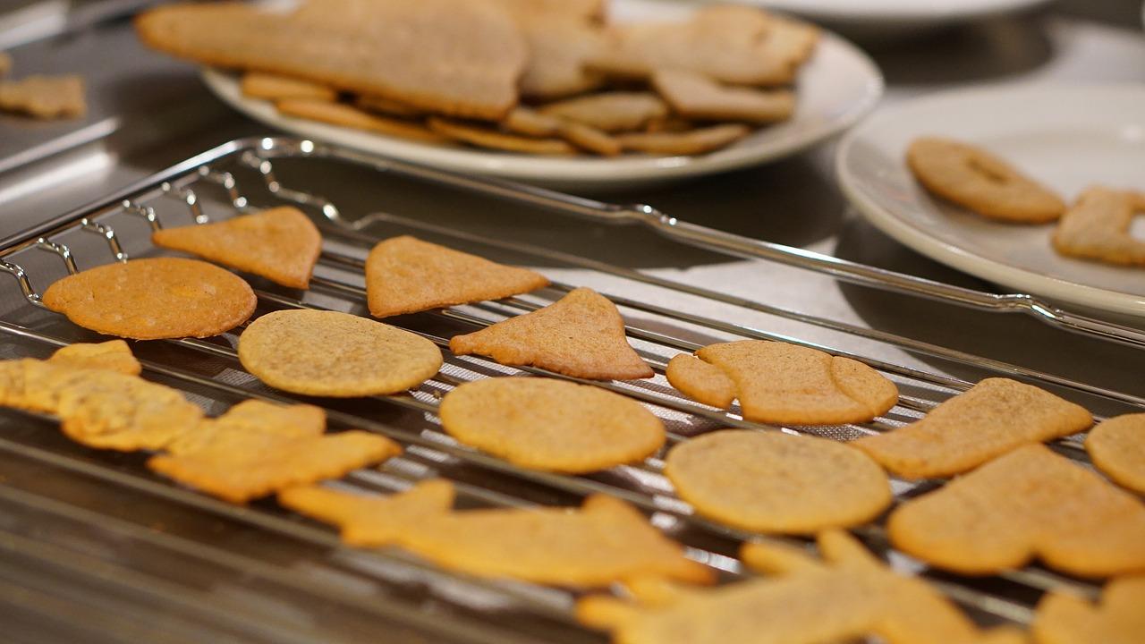 Preparing gingerbread