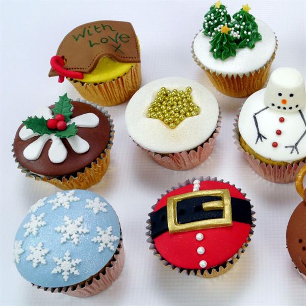 Quick Christmas Cupcakes