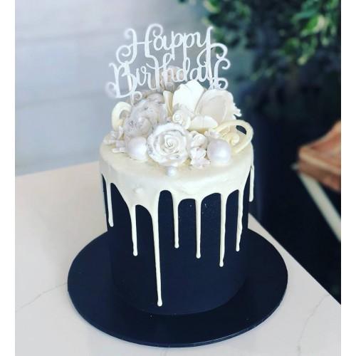 Drip cake white on black