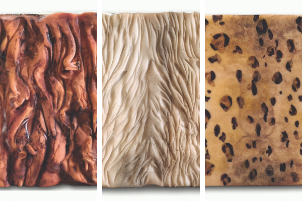 Fur cake textures using sugarpaste
