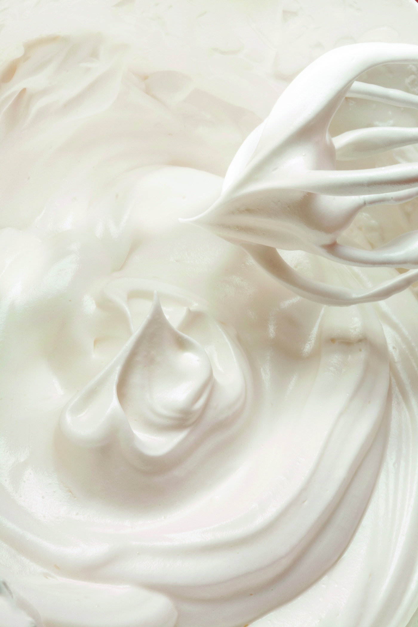 A lot of cream meringue for pastry