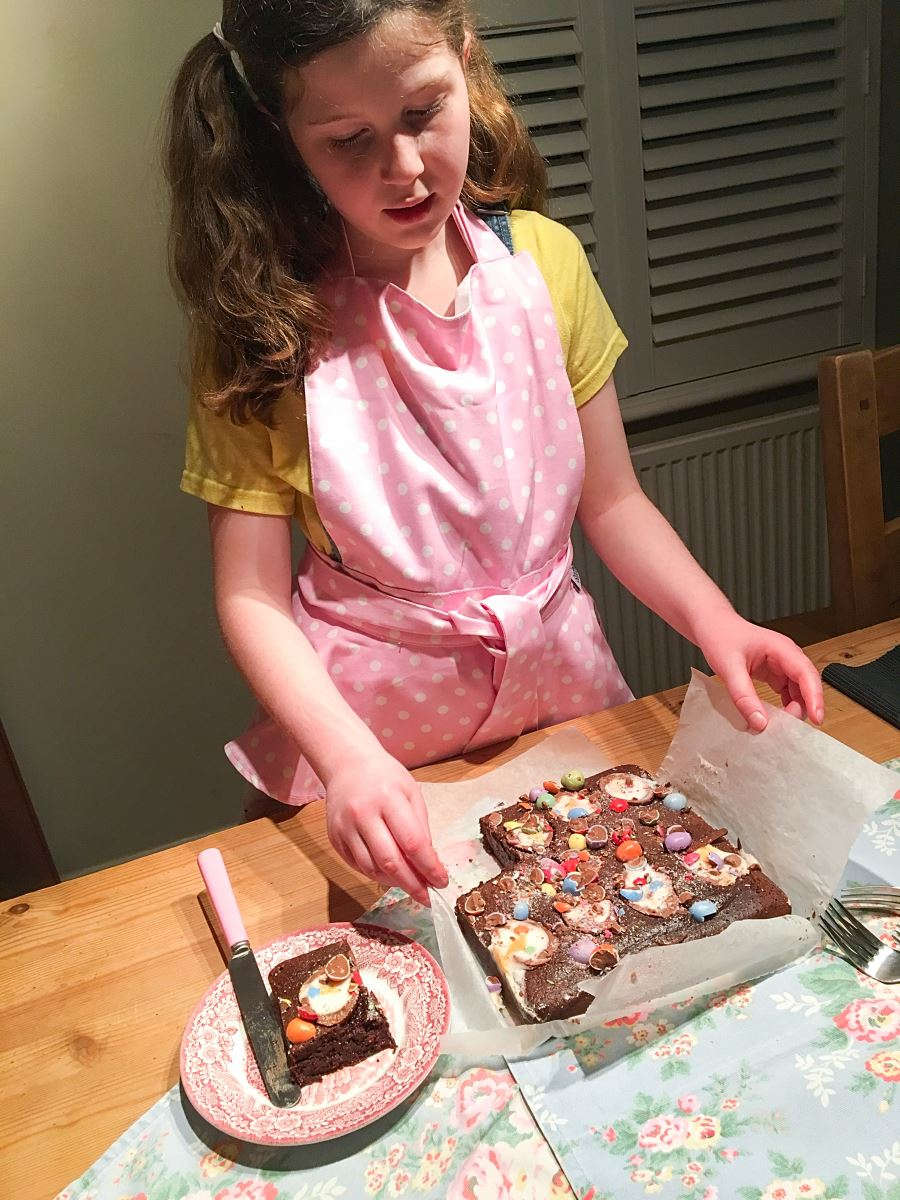 Egg'stra Special Easter Brownies
