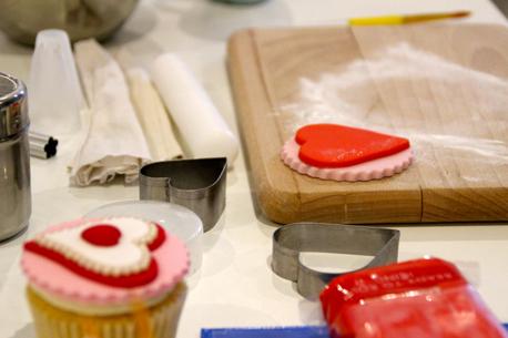 making simple cupcake 1