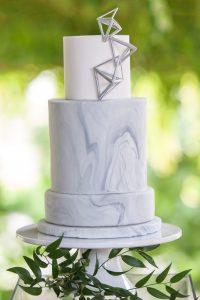 marble-wedding-cake-1