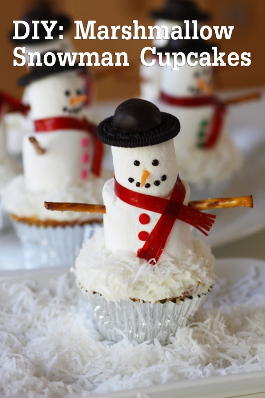 mashmallow-snowman-cupcake-diy-1-2-title2jpg-533x800
