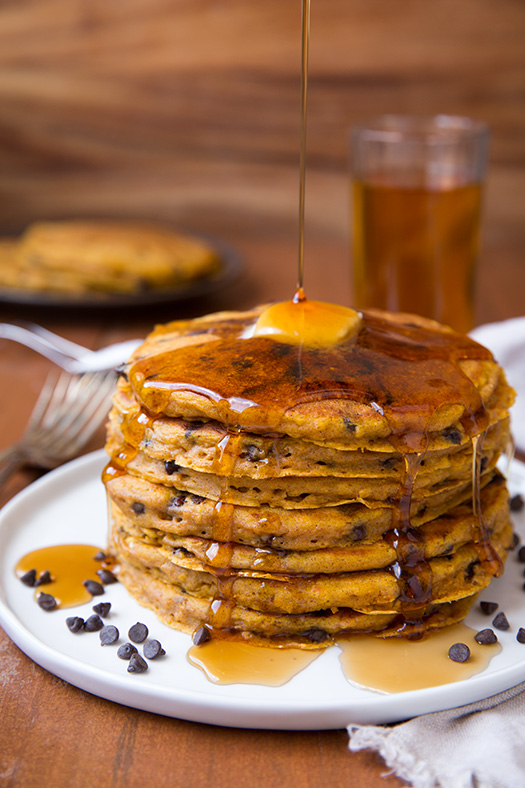 pumpkin-oat-chocolate-chip-pancakes4-edit3+srgb.