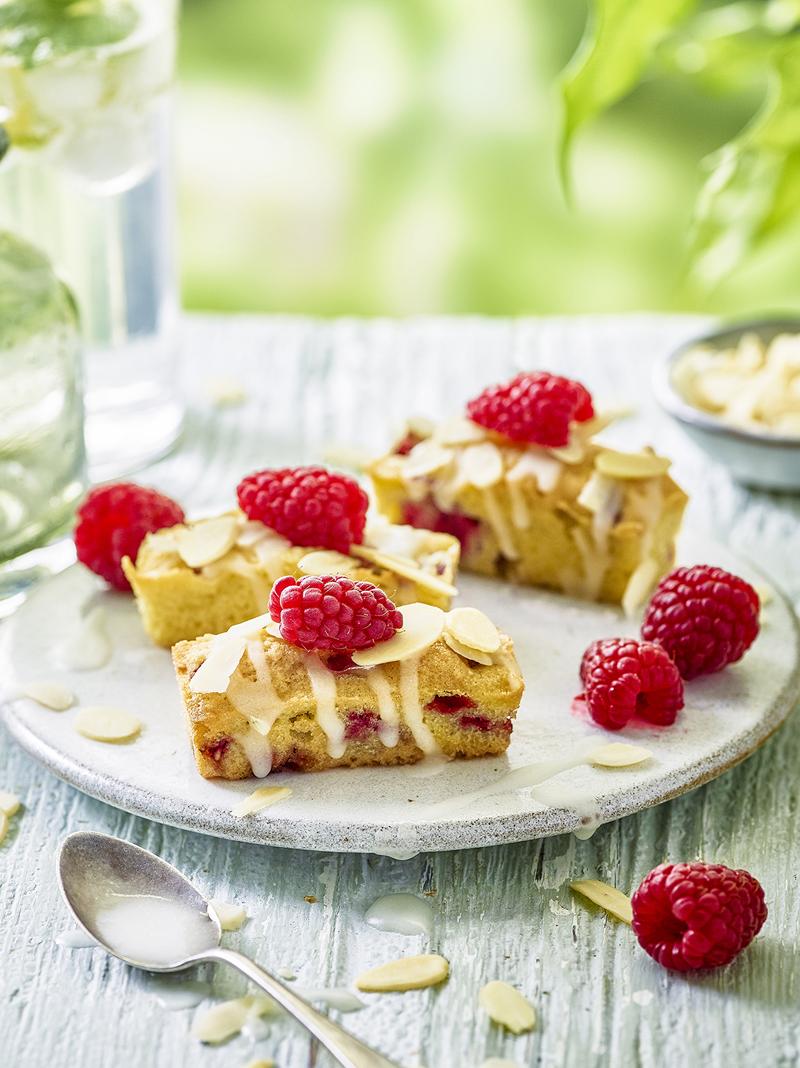 raspberry almond bakewells