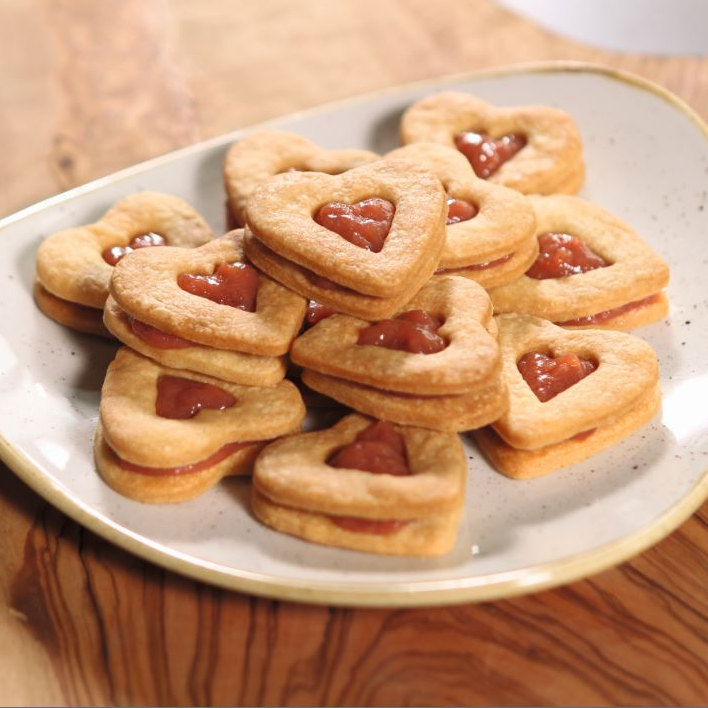 rhubarb ginger biscuits
