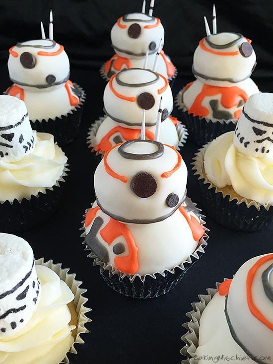 star-wars-bb-8-cupcakes-3