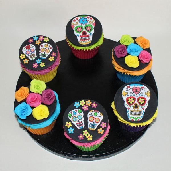 sugar-skull-cupcakes