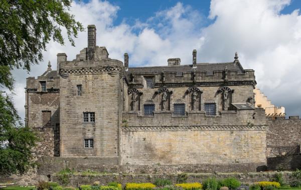 1280px-Stirling_Castle_Royal_Palace-91849.jpg