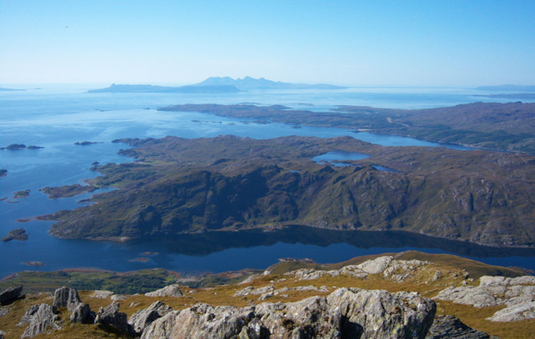 1280px-The_Small_Isles_-_Flickr_-_Graham_Grinner_Lewis-43363.jpg