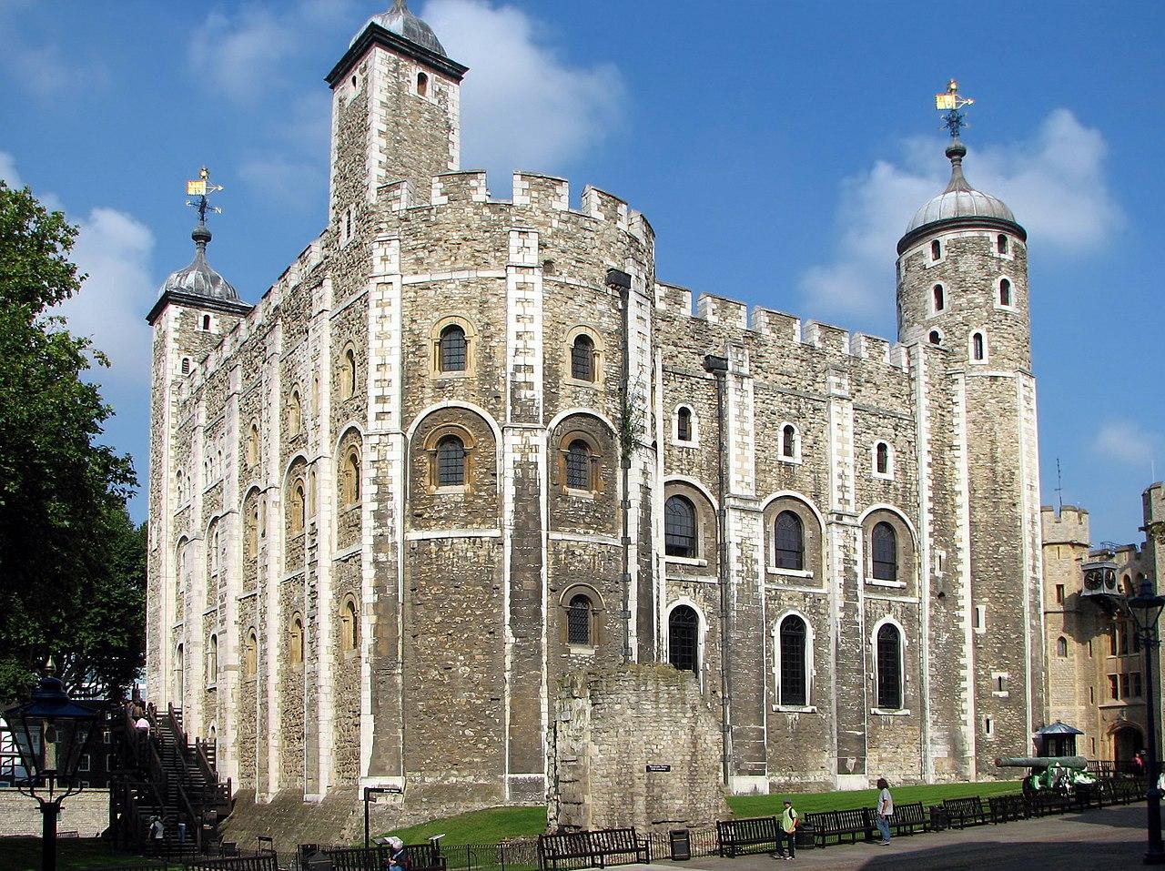 Copyright Bernard Gagnon, Tower of London