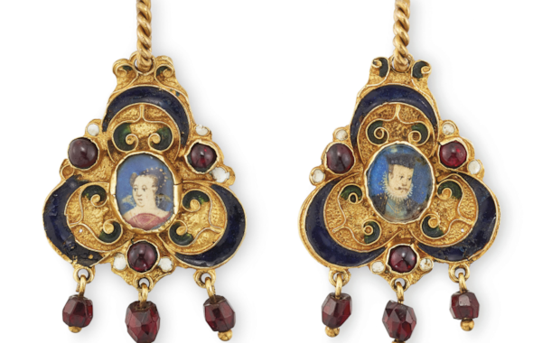 2018_CKS_15494_0159_000(rare_16th_century_enamel_and_garnet_two_sided_portrait_miniature_penda)-97773.jpg