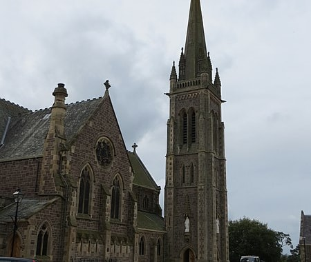 450px-The_Church_of_St_Mary_at_Lanark_(geograph_4191563)-48291.jpg