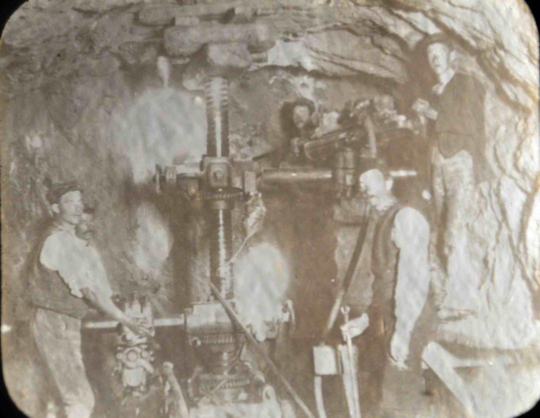 Katrine-tunneling-1892-81629.jpg