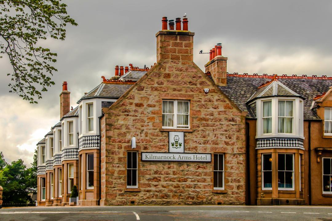 Kilmarnock-Arms-Hotel---Courtesy-of-Mike-Shepherd-78585.jpg