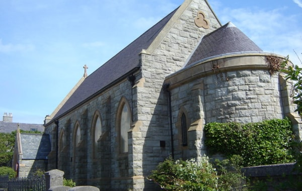St._Margaret's_Roman_Catholic_Church,_Lerwick_-_geograph.org.uk_-_890407-79925.jpg