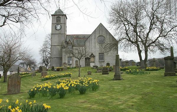 St_Mary's_Kirk,_Hawick_-_geograph.org.uk_-_768811-13297.jpg