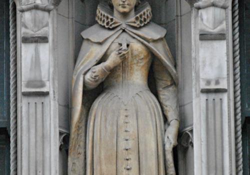 Statue_of_Mary,_Queen_of_Scots,_Fleet_Street,_London-03036.jpg