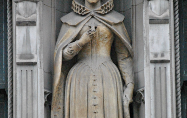 Statue_of_Mary,_Queen_of_Scots,_Fleet_Street,_London-03036.jpg