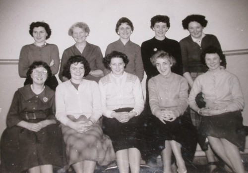Typing-Pool-Staff-in-Colvilles-in-1957-Irene-on-back-row--far-right-50024.JPG