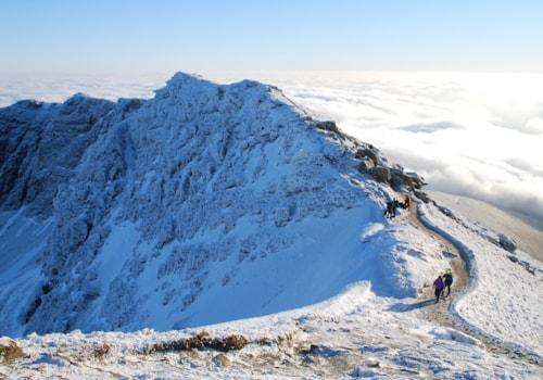ascending-the-south-ridge-Ben-Lomond-31848.JPG