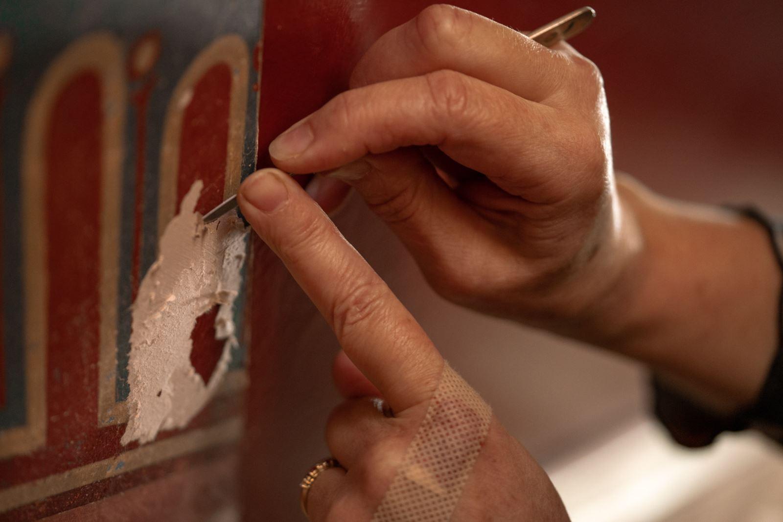Paint scraping at Holmwood