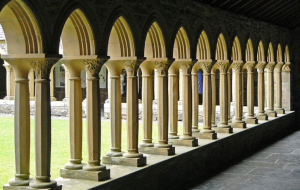 imports_CESC_cloisters-at-iona-abbey-22598_20452.jpg