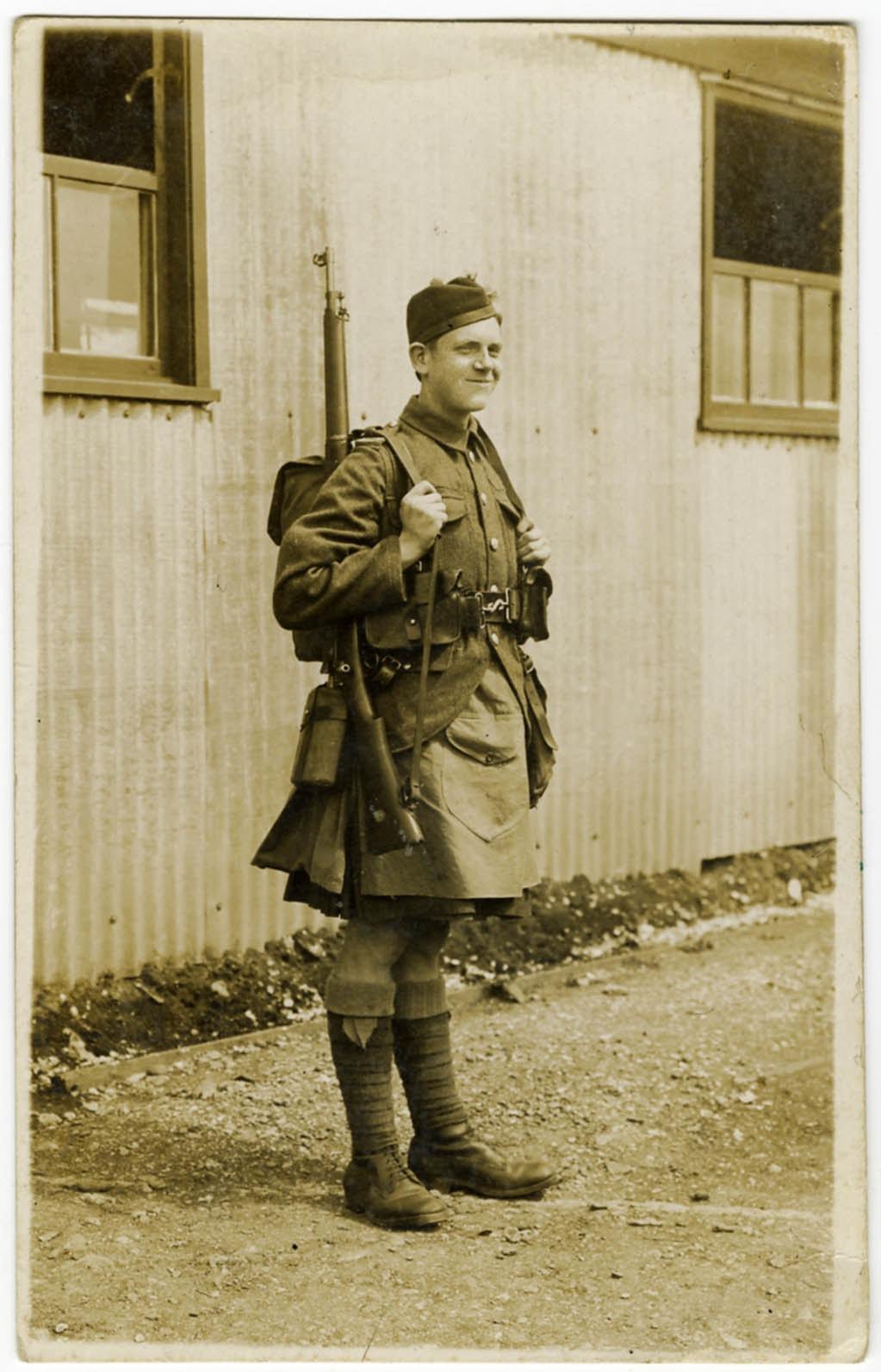 private-john-alec-veitch-(1897-1917)-25804.jpg