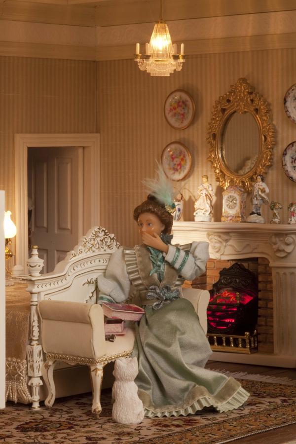 070-Featherstone-Hall-Hotel-gossiping