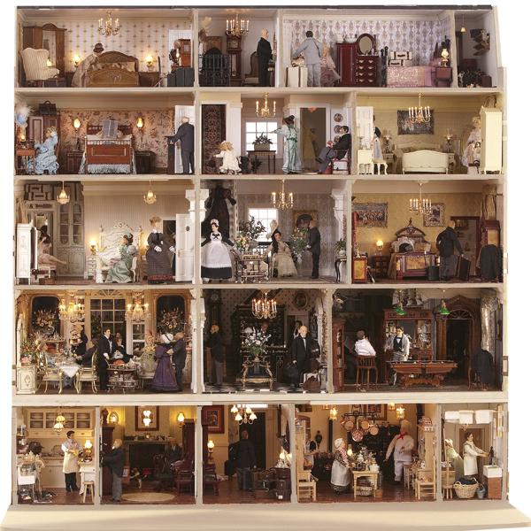 1-Featherstone-Hall-Hotel-Dolls-House