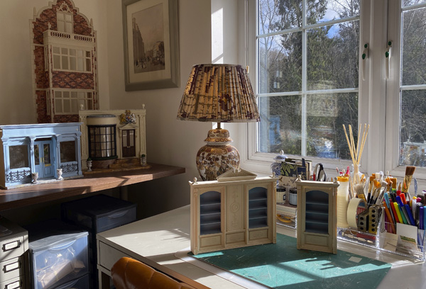 Simon Williams Miniatures work room