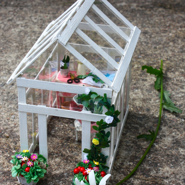 12th scale greenhouse