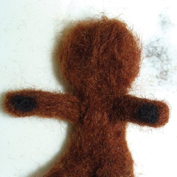 felting-miniature-teddy-bears-head