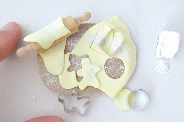 cutting miniature cookies